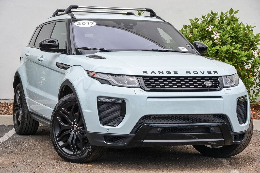 Pre-Owned 2017 Land Rover Range Rover Evoque HSE Dynamic